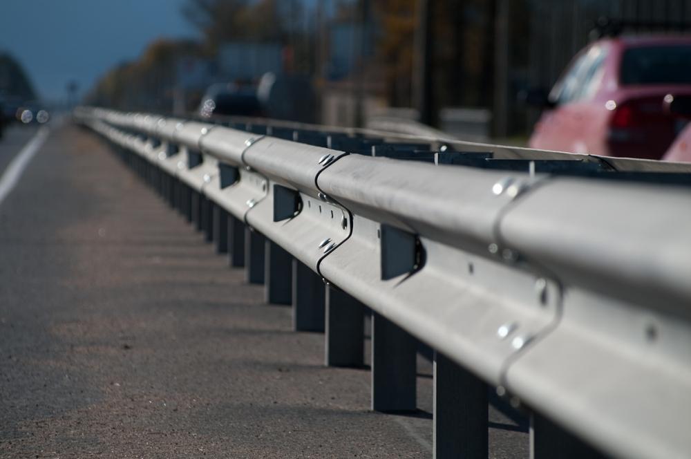 Дорожные ограждения барьерного типа