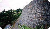 Габионы для возведения подпорных стен