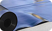 Геомембрана Аником представляет собой гидроизолирующий материал, который изготовлен на основе полимеров.