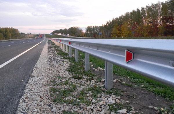 Барьерные дорожные ограждения
